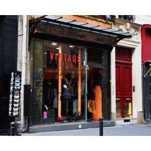 Vintage Desir (Rue Yvonne le Tac)